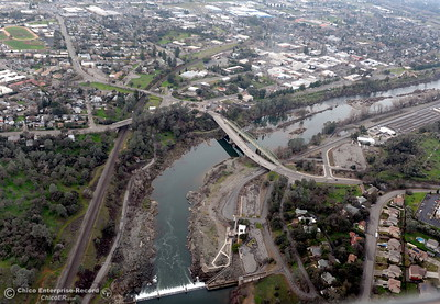The old Green Bridge is seen downstream from the Fish Barrier Dam on the Feather River through Oroville, Calif. during a look at the ongoing construction around the spillway and Lake Oroville Dam area Friday Jan. 26, 2018.  Bill Husa -- Enterprise-Record)