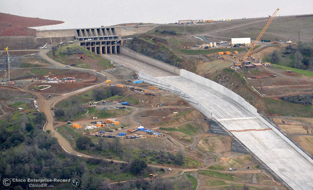 . An aerial view of the top section of the spillway and Lake Oroville are seen during a look at the ongoing construction around the spillway and Lake Oroville Dam area Friday Jan. 26, 2018.  Bill Husa -- Enterprise-Record)