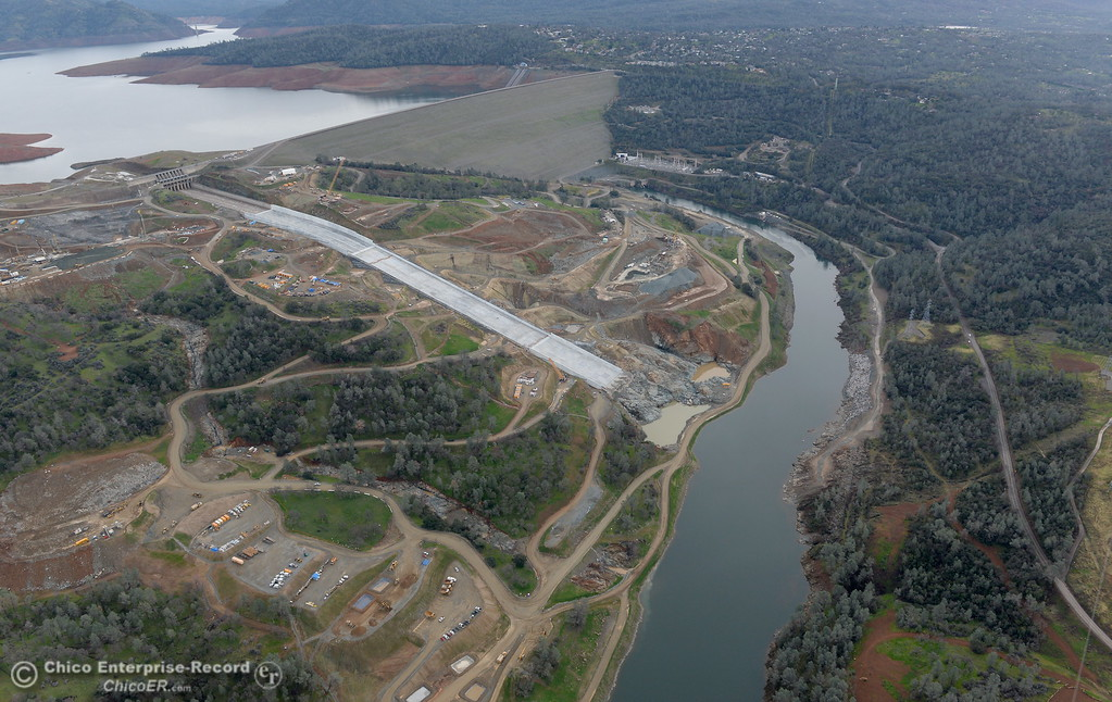 . An aerial view of the river below the spillway is seen during a look at the ongoing construction around the spillway and Lake Oroville Dam area Friday Jan. 26, 2018.  Bill Husa -- Enterprise-Record)