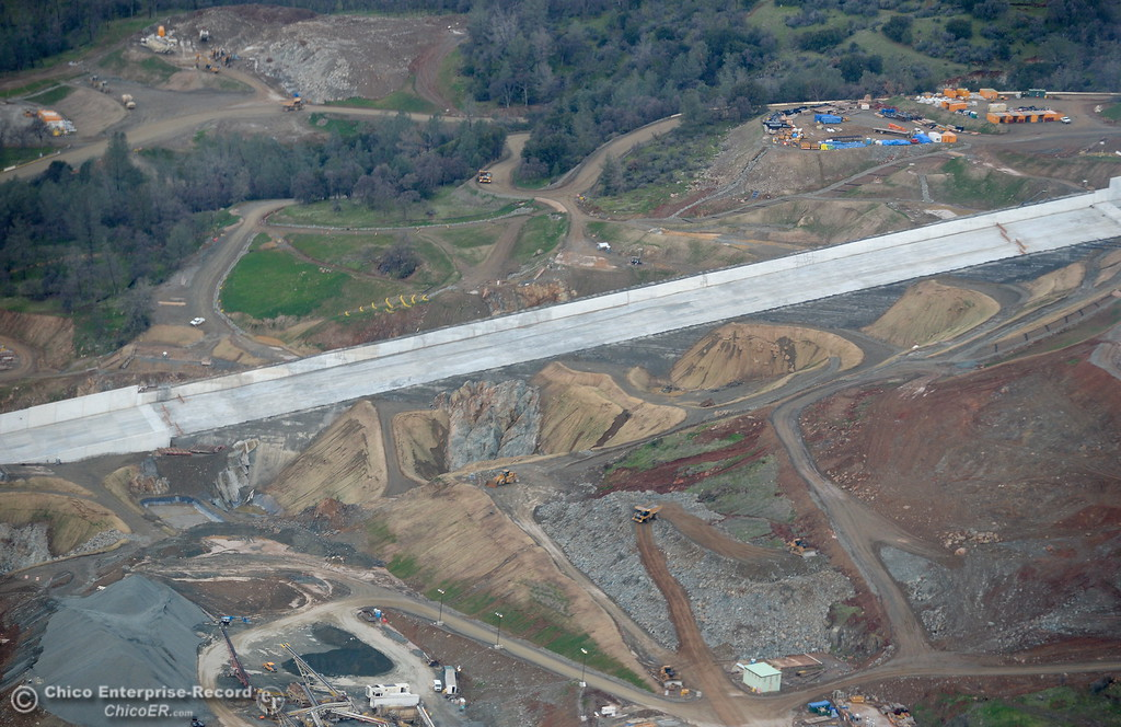 . The spillway is seen during a look at the ongoing construction around the spillway and Lake Oroville Dam area Friday Jan. 26, 2018.  Bill Husa -- Enterprise-Record)