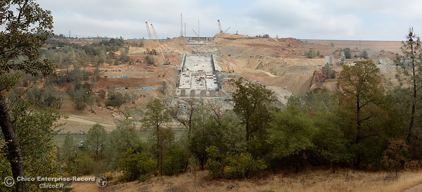 Work continues on the Lake Oroville Dam Spillway in Oroville, Calif. Thursday Sept. 14, 2017. (Bill Husa -- Enterprise-Record)