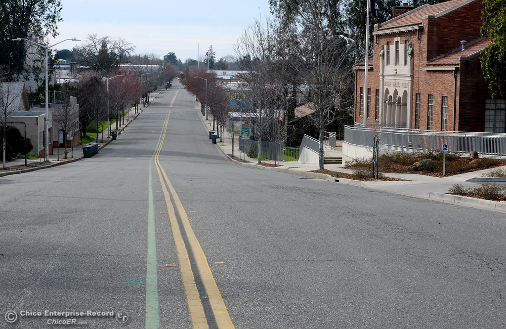 . A look down Montgomery Street in Oroville mid-day Monday looks like a ghost town as the evacuations continue during the Lake Oroville Dam Spillway emergency in Oroville, Calif. Mon. Feb. 13, 2017. (Bill Husa -- Enterprise-Record)