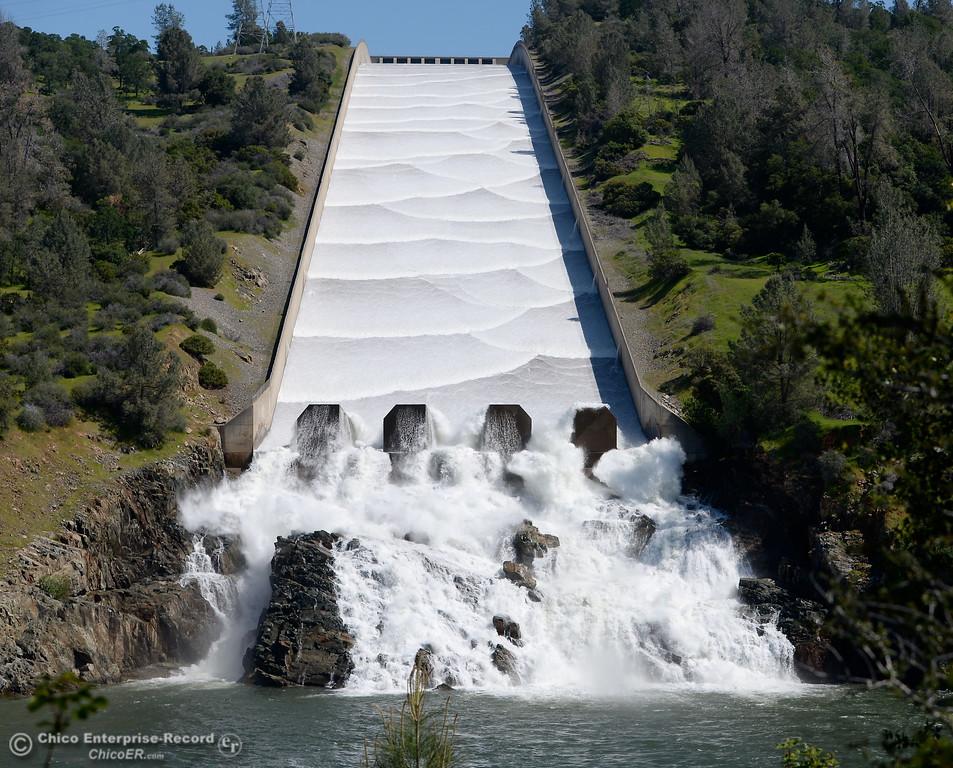 . Water flows down the controlled spillway at the Lake Oroville Dam Monday April 4, 2016. (Bill Husa -- Enterprise-Record)