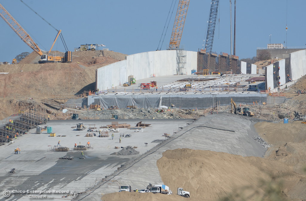 . Construction continues at the Lake Oroville Dam Spillway Wednesday Oct. 18, 2017. (Bill Husa -- Enterprise-Record)