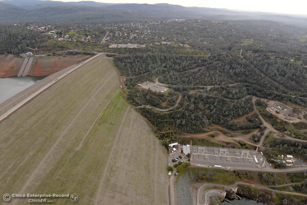 . during a look at the ongoing construction around the spillway and Lake Oroville Dam area Friday Jan. 26, 2018.  Bill Husa -- Enterprise-Record)