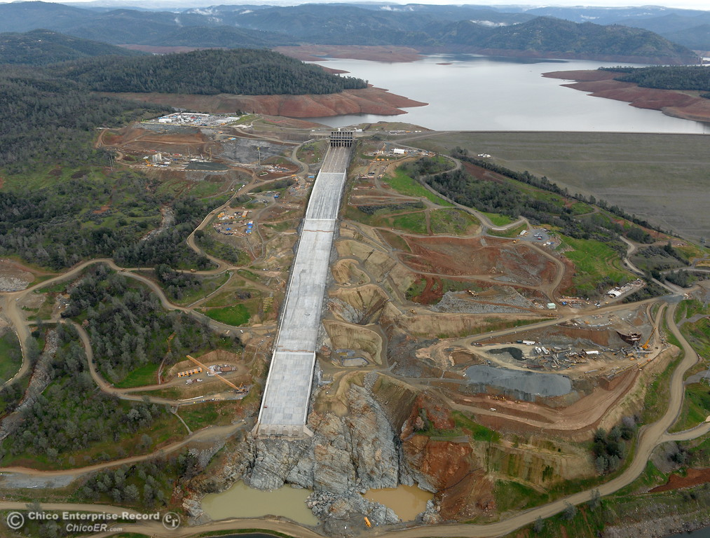 . An aerial view of the spillway and Lake Oroville are seen during a look at the ongoing construction around the spillway and Lake Oroville Dam area Friday Jan. 26, 2018.  Bill Husa -- Enterprise-Record)