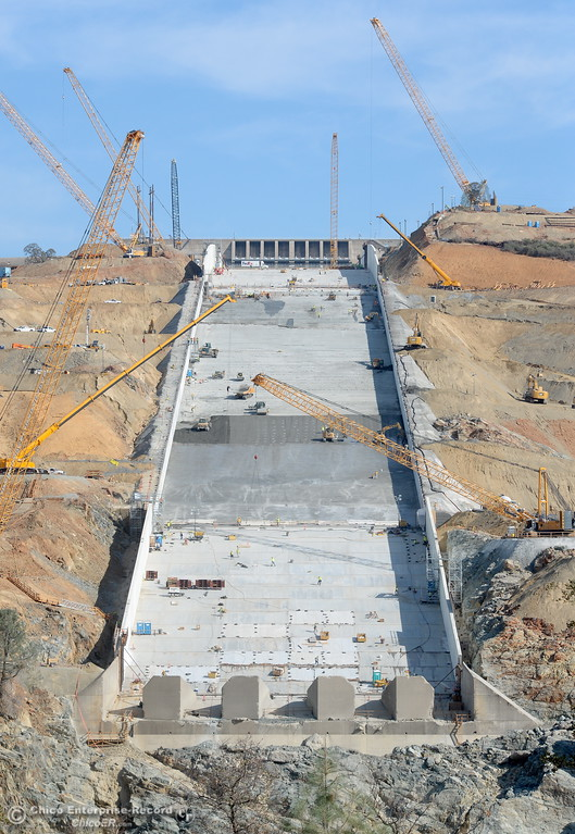. Construction continues on the Lake Oroville Dam Spillway  in Oroville, Calif. Mon. Oct. 30, 2017. (Bill Husa -- Enterprise-Record)