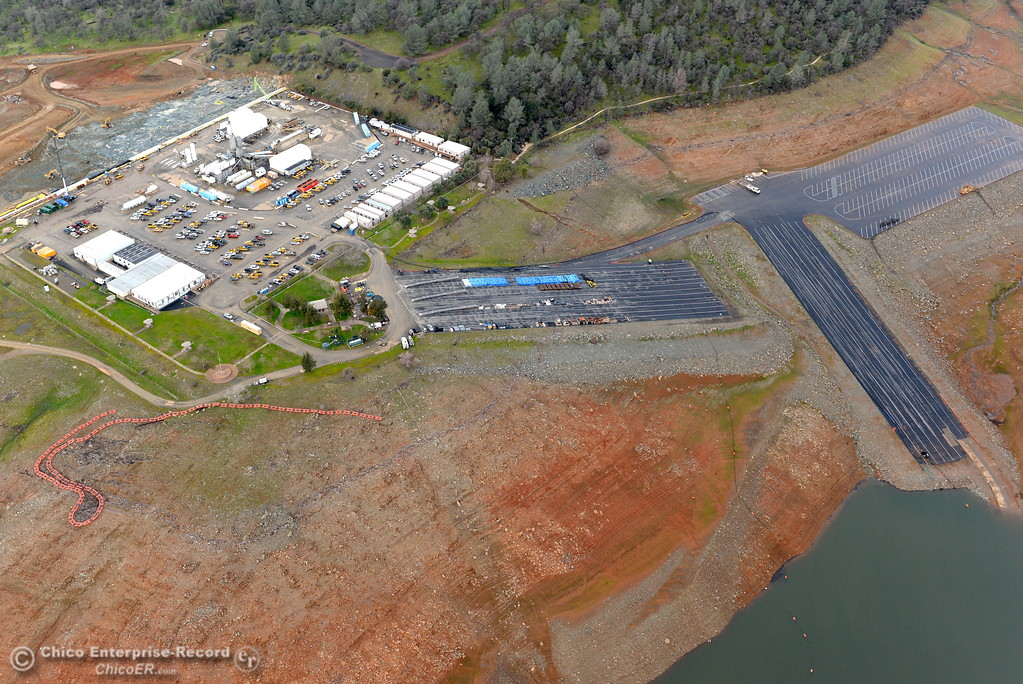 . An aerial view of the Spillway Launch Facility parking lot Keiwit City currently operating during a look at the ongoing construction around the spillway and Lake Oroville Dam area Friday Jan. 26, 2018.  Bill Husa -- Enterprise-Record)