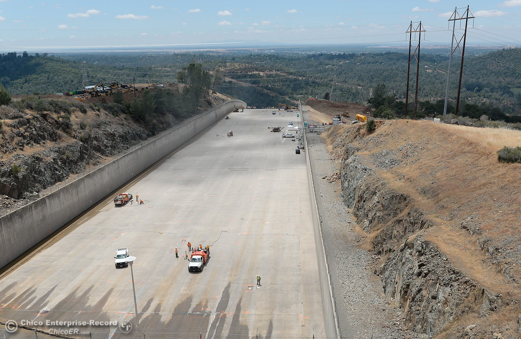 . during a meeting and inspection of the Lake Oroville Dam Spillway Wed. May 31, 2017. (Bill Husa -- Enterprise-Record)