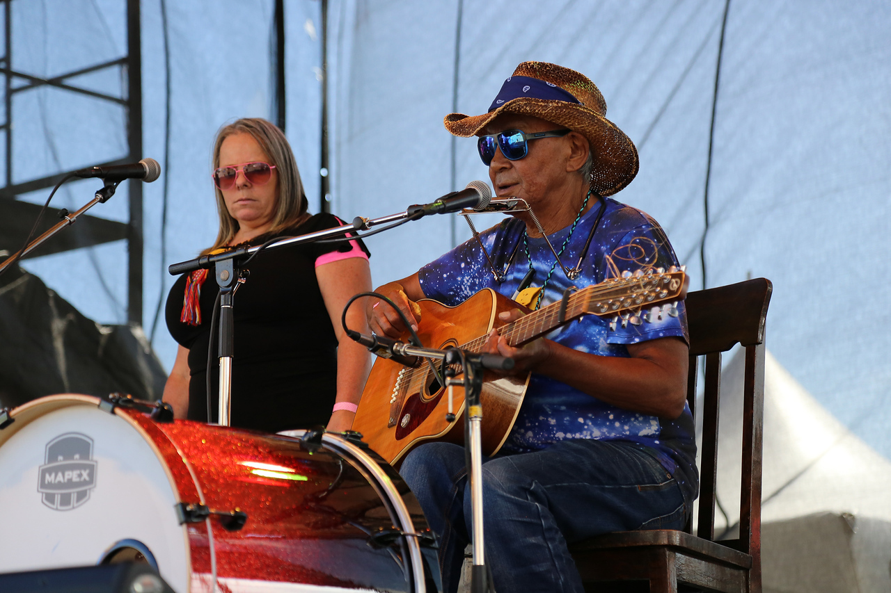 "WILLIE THRASHER & LINDA SADDLEBACK © Zaffaroni Photography |  <a href=""http://www.zaffaroni-photography.com"">http://www.zaffaroni-photography.com</a>"