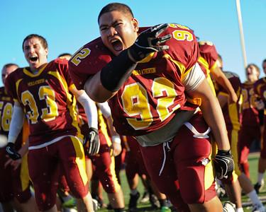 Menlo Atherton High School Varsity Football Team performs the Haka after their victory over Salinas High School,  2011-11-25