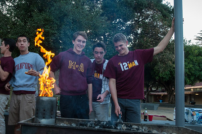 Menlo Atherton Spirt BBQ before the M-A Varsity Football vs. Sacred Heart Prep,2013-10-18