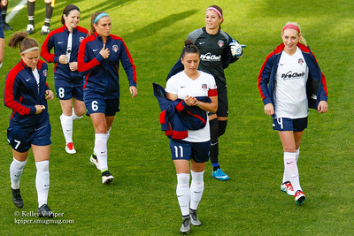 Christine Nairn, Diana Matheson, Shelina Zadorsky, Ali Krieger, Stephanie Labbé, and Megan Oyster - Pregame (14 May 2016)