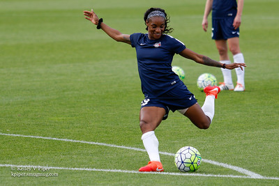 Crystal Dunn - Pregame Warmup (14 May 2016)
