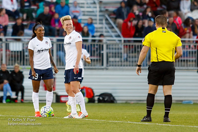 Crystal Dunn and Joanna Lohman - 2nd Half (14 May 2016)