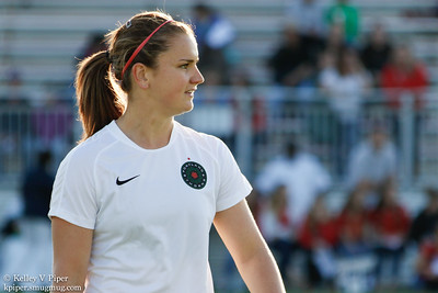 Lindsey Horan - Pregame Warmup (07 May 2016)
