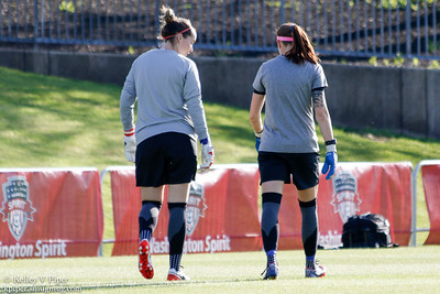 Kelsey Wys and Stephanie Labbé - Pregame Warmup (07 May 2016)