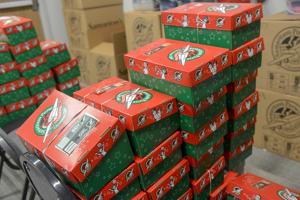 Christmas Child Boxes.Operation Christmas Child Box Delivery Belmontphoto