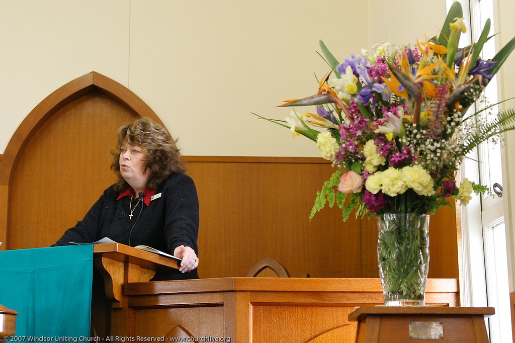 "Guest Jan Stefanac - churchlive.org - ""Step into the Light"" - Windsor Uniting Church, Brisbane, Queensland, Australia, 2008."