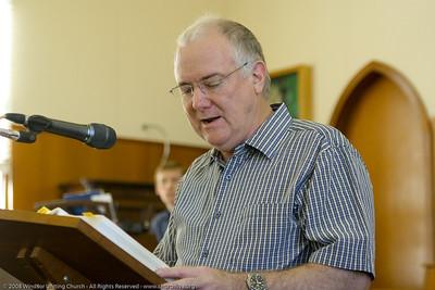Bob presents the Bible Reading - churchlive.org - Windsor Uniting Church, Brisbane, Queensland, Australia, 2008.