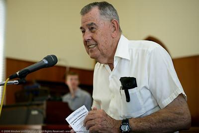 Jim presents the announcements - churchlive.org - Windsor Uniting Church, Brisbane, Queensland, Australia, 2008.