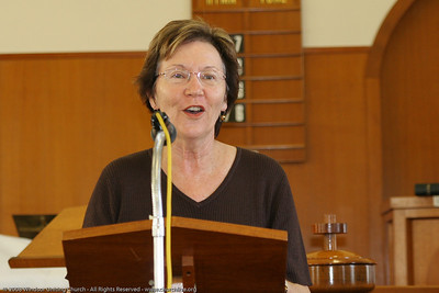 Ros presents the Bible Reading - churchlive.org - Windsor Uniting Church, Brisbane, Queensland, Australia, 2008.