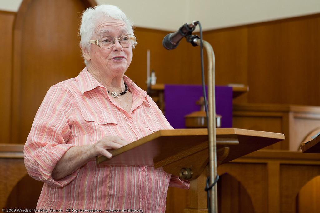 Christmas devotion for the 139 Club - churchlive.org - 'Step into the Light' - Windsor Uniting Church, Brisbane, Queensland, Australia