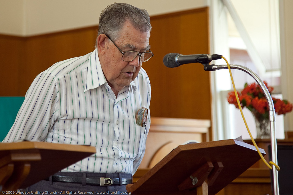 Bible Reading - churchlive.org - 'Step into the Light' - Windsor Uniting Church, Brisbane, Queensland, Australia