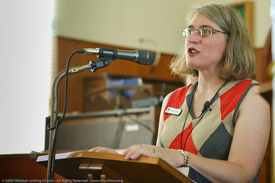Linda Hamill - churchlive.org - 'Step into the Light' - Windsor Uniting Church, Brisbane, Queensland, Australia.