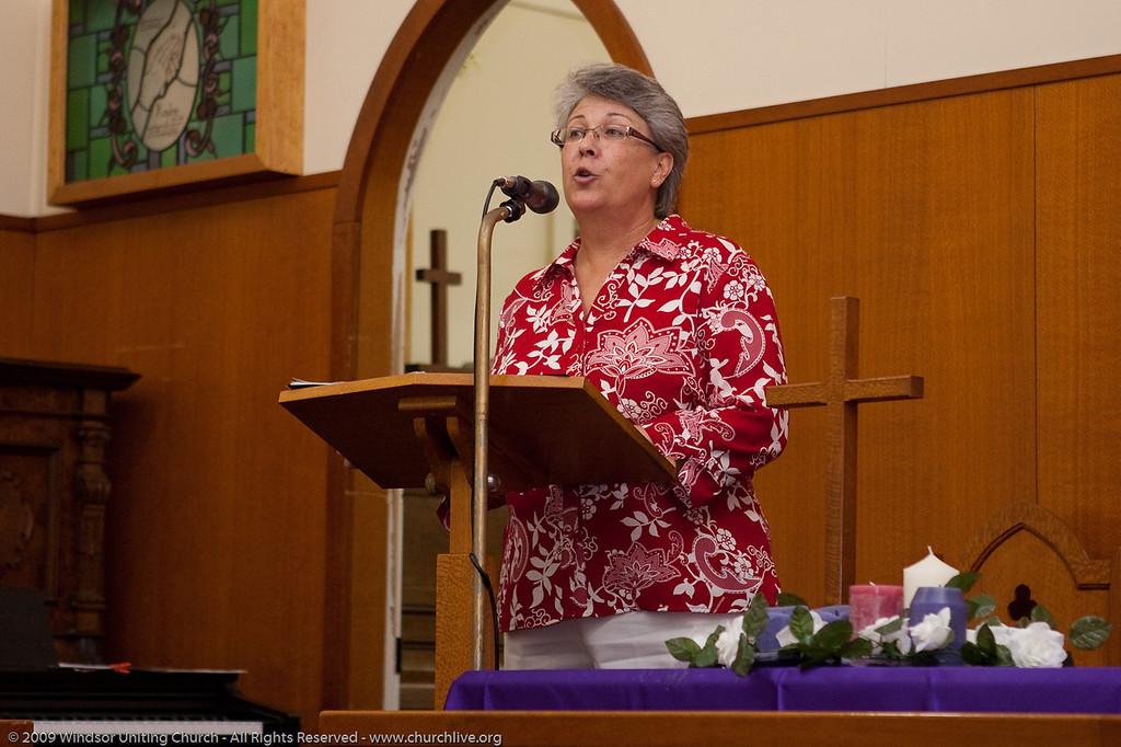 Christmas Carols evening - churchlive.org - 'Step into the Light' - Windsor Uniting Church, Brisbane, Queensland, Australia.