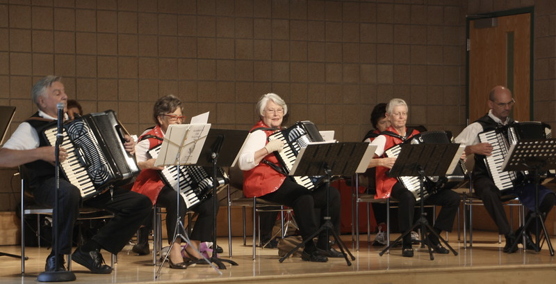 LunchBunch-Maple Grove-Accordian Fun Club