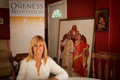 Oneness Meditaion Via Doug Bentley, Flowering Heart Center, Clearwater FL, 4 4 2012
