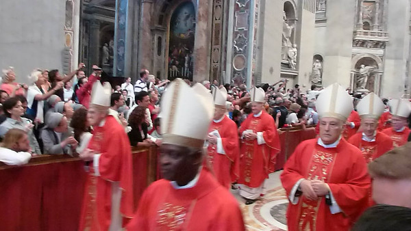 The archbishops recess out.