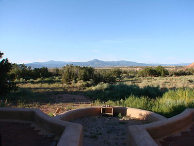 We worship in the sacred circle at Casa del Sol. http://stillpointca.org/ghostranch.html http://www.ghostranch.org/courses-and-retreats/stillpoint