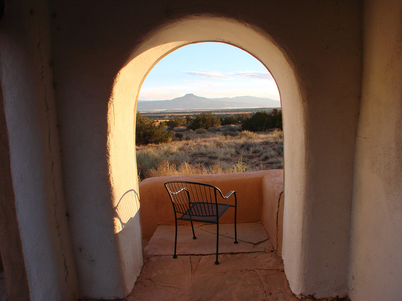The setting calls us to contemplation.... http://stillpointca.org/ghostranch.html http://www.ghostranch.org/courses-and-retreats/stillpoint