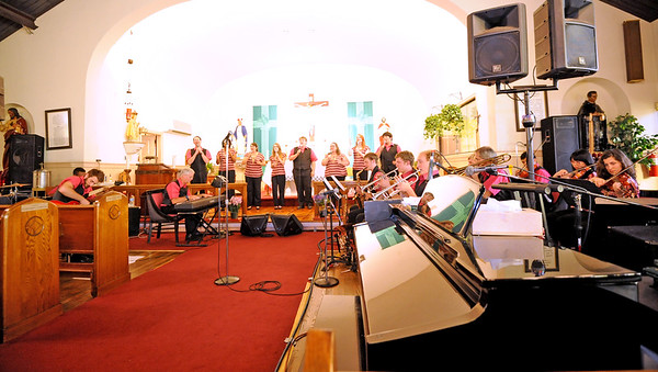 THE CELEBRATION SINGERS-07/18/14