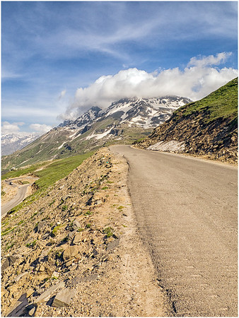 Rohtang Pass, HP, India