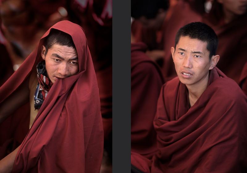 Listening to the Dalai Lama. Kalachakra at the Ki/Kye monastery (Spiti).