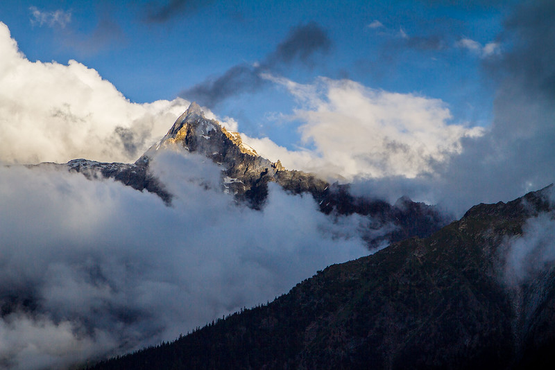 View from the road to Kalpa village (Kinnaur).