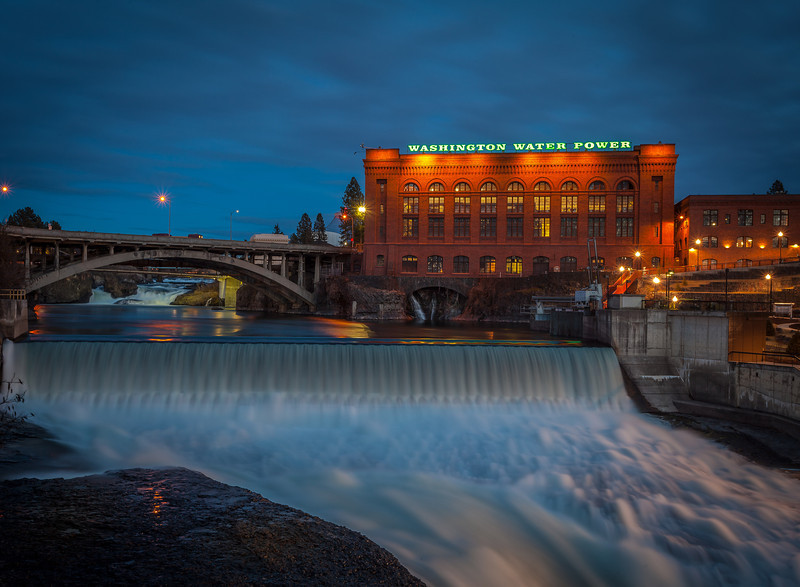 Spokane Falls in spring