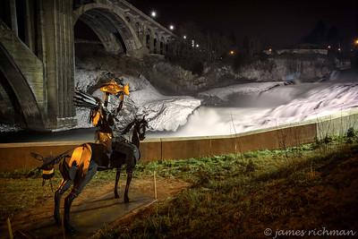 December 9 (Frozen Spokane Falls) 091-Edit