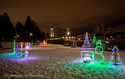 December 22 (Christmas Lights) 064-Edit
