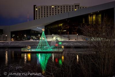December 22 (Christmas Lights) 061-Edit