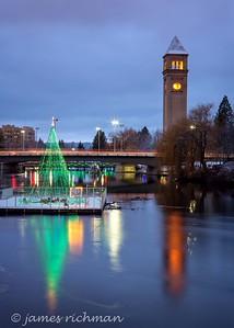 December 22 (Christmas Lights) 047-Edit