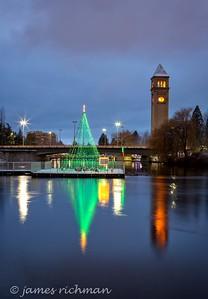 December 22 (Christmas Lights) 050-Edit