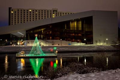 December 22 (Christmas Lights) 060-Edit