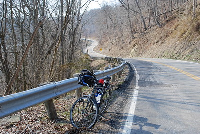 Stopped to look back while climbing up and away from the Muskingum River toward SR 60.