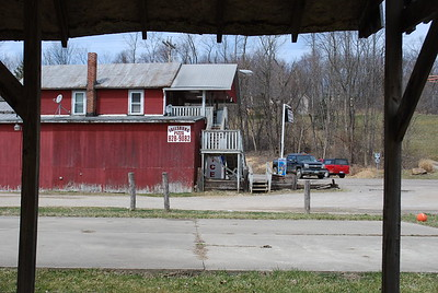 I  took a break in Fallsburg (in Fallsbury Township) but didn't get any pizza.