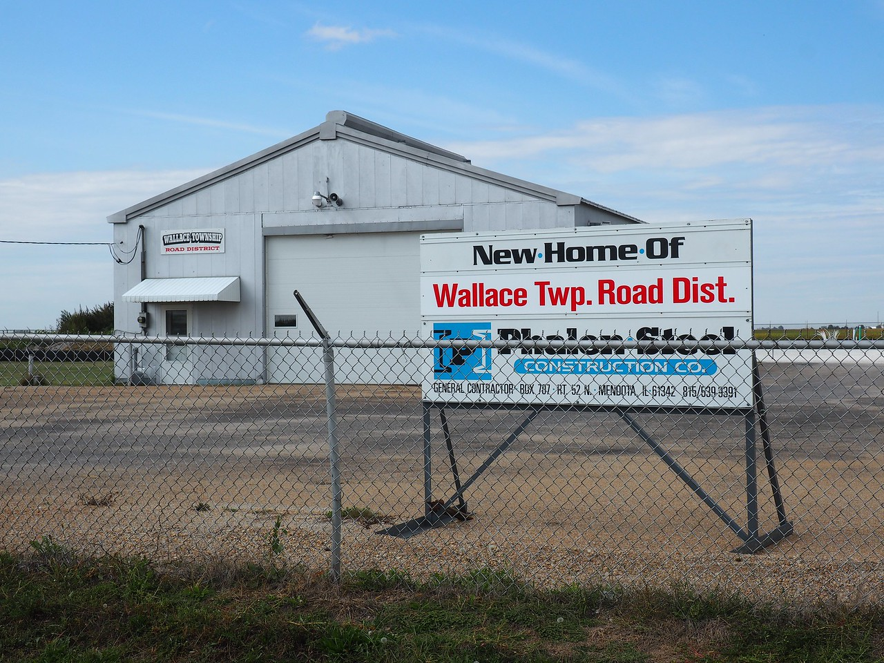 """New Home of Wallace Twp. Road Dist."""