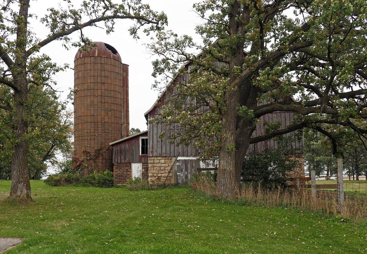 Old Barn near Wasioja